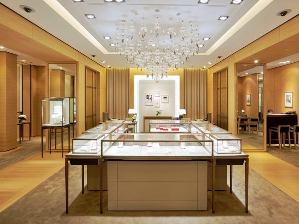 Luxury Design Jewelry Shop of Dubai